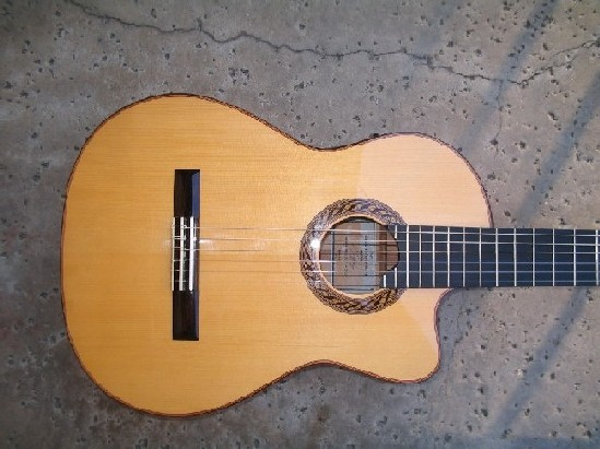 Picture of acoustic guitar - G.V. Rubio Blanca