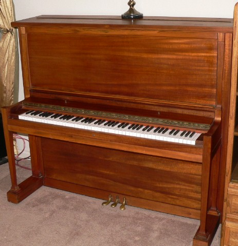 Picture of piano - 1929 M. Schulz Upright Beauty!