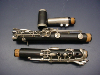 Picture of clarinet - Buffet R-13 clarinet