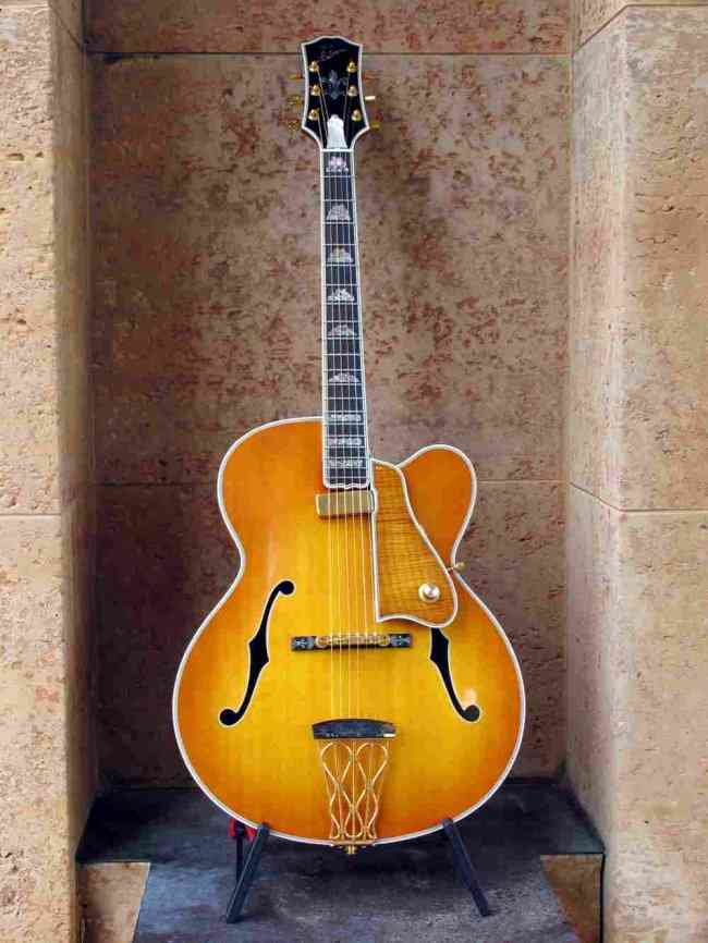 Picture of electric guitar - Gibson Citation Acoustic Electric Archtop Jazz Guitar *Mint Museum Masterpiece*