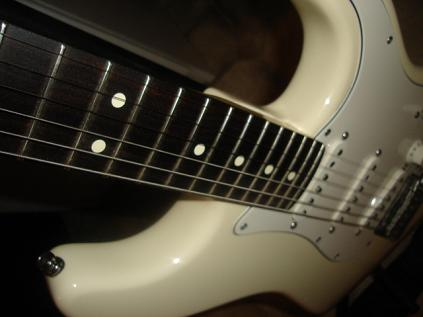 Picture of electric guitar - Fender American Stratocaster