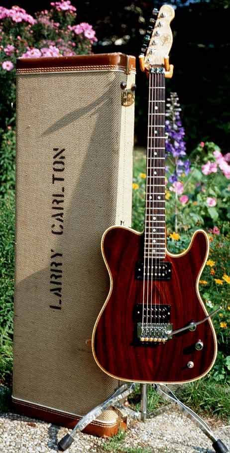 Picture of electric guitar - Valley Arts Telecaster Larry Carlton