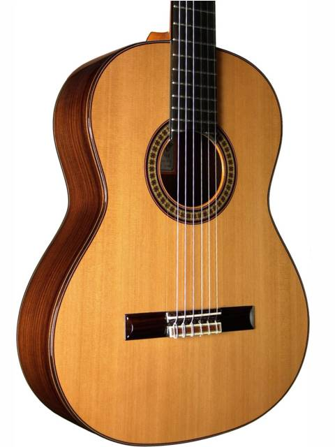 Picture of acoustic guitar - == JOSE RAMIREZ 4E CLASSICAL GUITAR == Fantastic offer from guitars.com.es