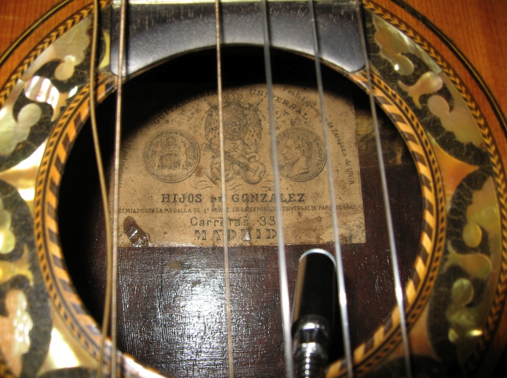 Picture of acoustic guitar - Gonzalez (Hijos) 1870 (Aprox)