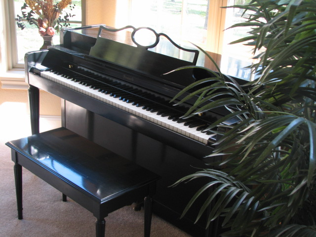 Picture of piano - Black Howard Piano by Baldwin