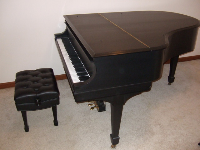 "Picture of piano - 1933 Steinway ""M"" (RESTORED)"