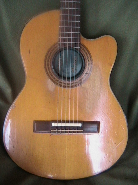Picture of acoustic guitar - 1983 Gibson Chet Atkins CE -REDUCED