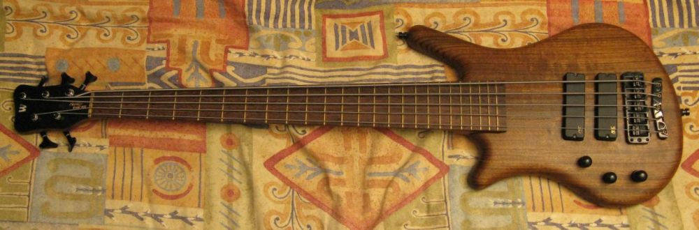Picture of bass guitar - Left-handed Warwick Thumb bolt-on 5-string
