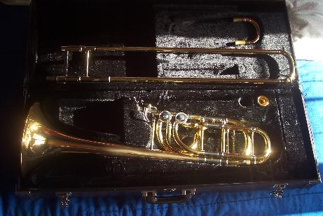 Picture of bass trombone - AMAZING Yamaha YBL-613H / SHIPPING and TAXES INCLUED
