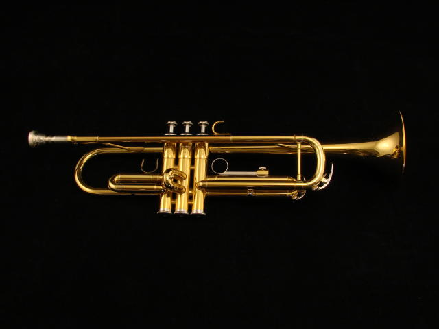 Picture of trumpet - Yamaha Student Trumpet, YTR-2335