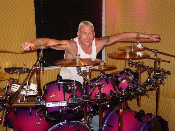 Picture of drum kit - Custom Pearl Masterworks Drum Kit
