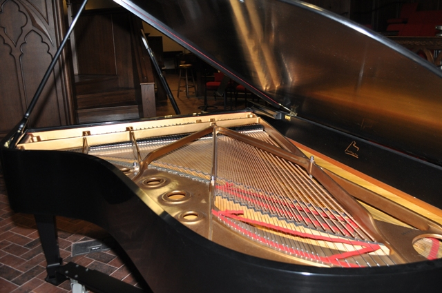 "Picture of piano - Steinway ""B"" Grand"