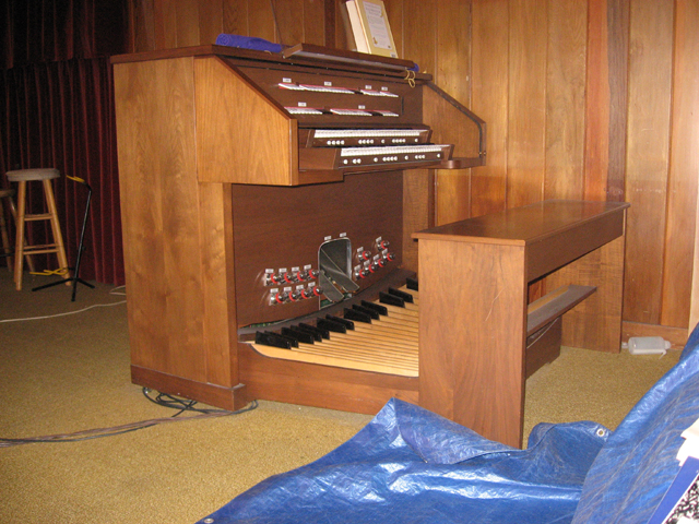 Picture of organ - Rodgers Model 740 Organ