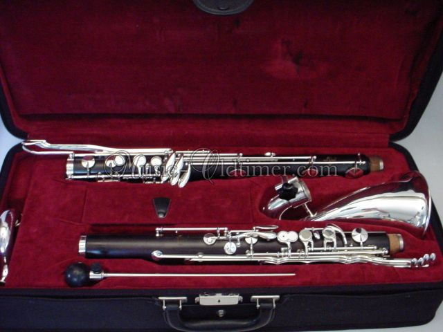 Picture of clarinet - www. Music-Oldtimer .com - wooden Buffet Bass Clarinet made in France