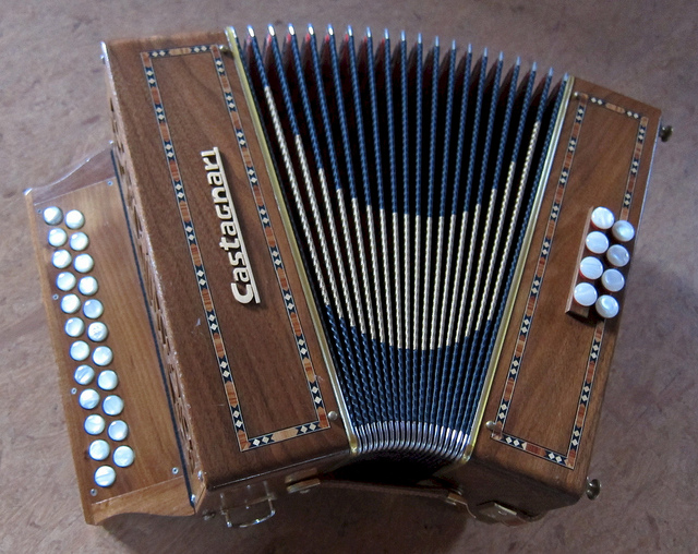 Picture of accordion - Castagnari Illary B/C (8 Bass)