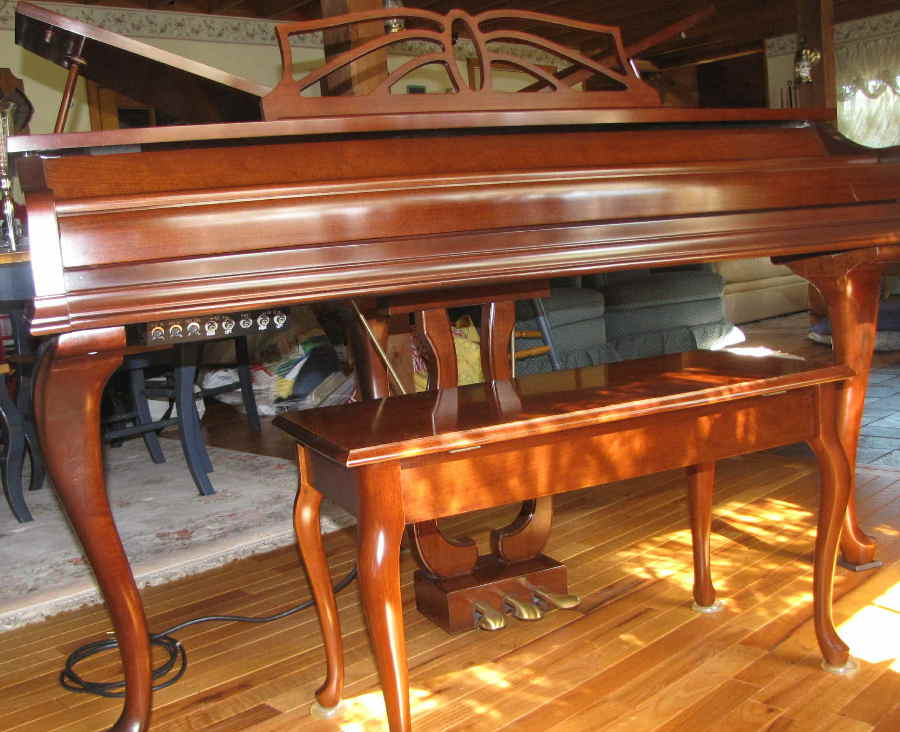 Picture of electric piano - Wurlitzer WD450 Butterfly Baby Grand Piano