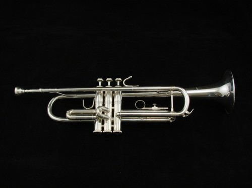 Picture of trumpet - Bach TR200 Intermediate Trumpet