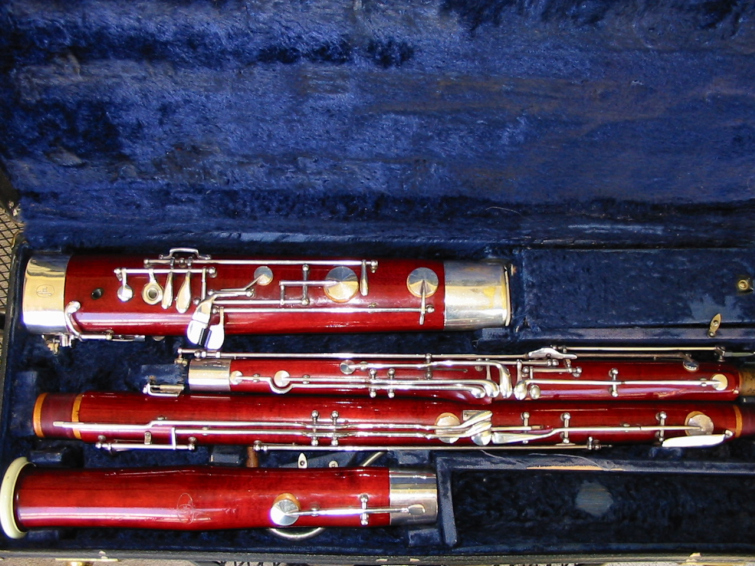 Picture of bassoon - Fox 201