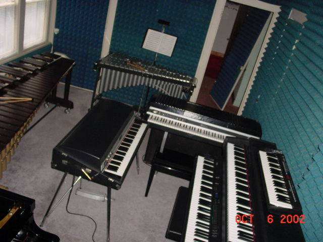Picture of electric piano - Rhodes Mark I Stage 73 and Mark II Suitcase 88