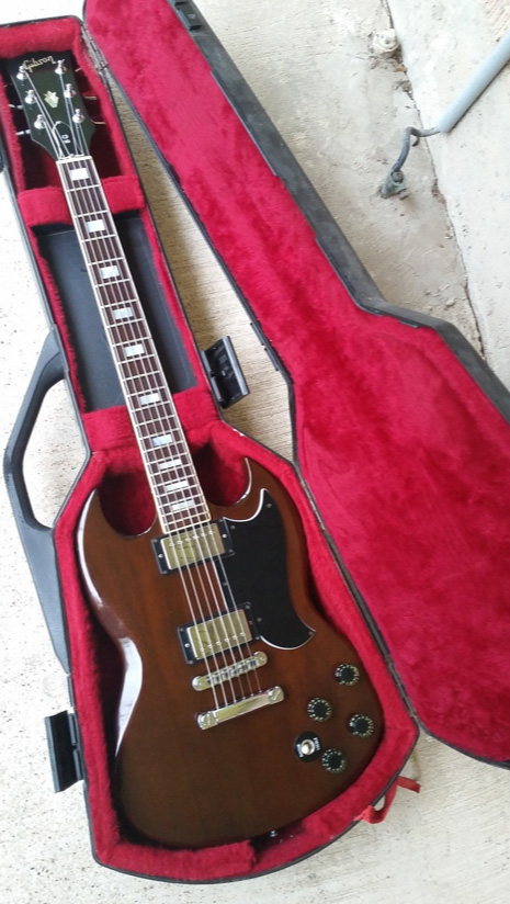Picture of electric guitar - 1979 Gibson SG Deluxe 8.2 lbs Super Humbuckers USA